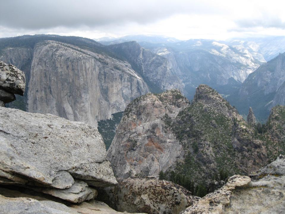 El Capitan on the left.