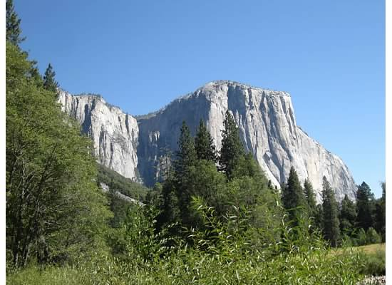 El Capitan, taken from the parking area.