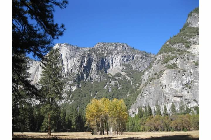 In 1851, members of the Mariposa Battalion (a state militia composed of civil volunteers) camped here.